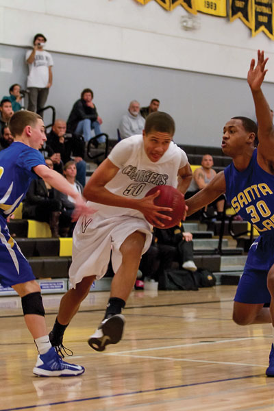 Chargers' Rebounding, Bench Spark Win Over Bruins