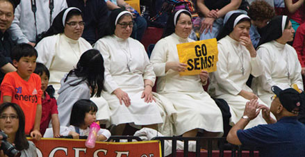 Seminarians Tie Series with Revs at Annual Basketball Game