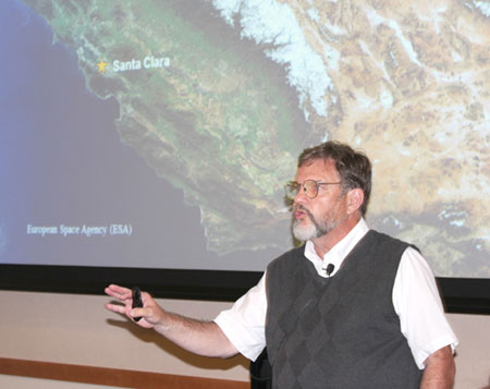 Author Gary Noy Talks About Sierra Nevada History at Library Event