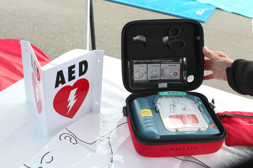 SCUSD Promotes CPR and AED Awareness at Community Event