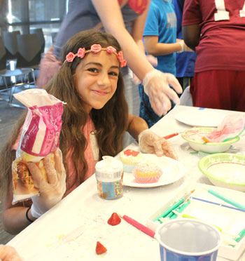 Northside Library Kids Battle It Out in Cupcake Wars