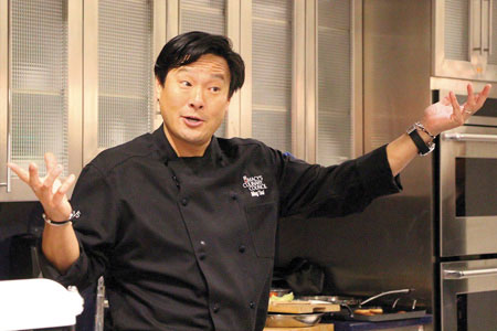 Chef Ming Tsai Demos at Macy's Valley Fair