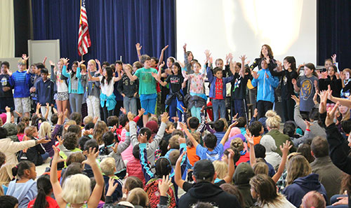 Washington Open Elementary School Begins Day on High Note with Weekly Open Sing