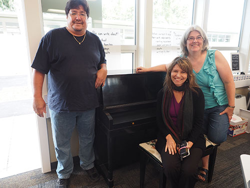 Central Park Elementary School Receives Donated Piano