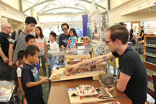Thousands Attend Central Park Library's STEM Central