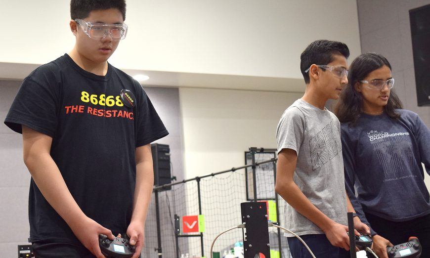 "Santa Clara Robotics Team Wins California Central Coast VEX ""Turning Point"" Tournament at Cal Poly, The Resistance, VEX California State Championships"