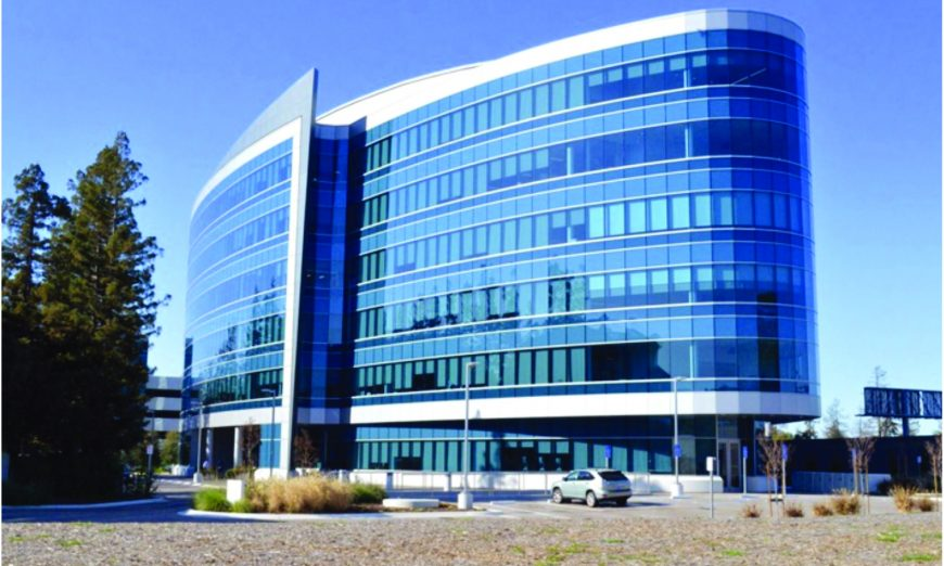 Tech Giant Apple expands in Santa Clara with a new lease. The Office Space is located at 5407 and 5409 Stevens Creek Boulevard.